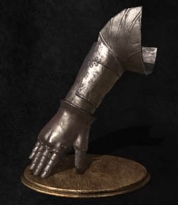Dark Souls III: The Ringed City Наручи Лаппа (Lapp's Gauntlets)